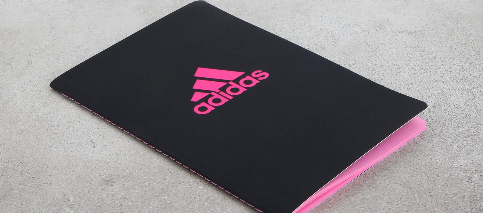 colomee-case-notizbuch-adidas-pink